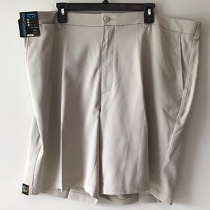 Shorts 44B Big Man Stone NWT by Roundtree & Yorke